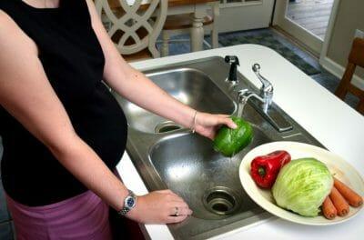 mag een zwangere vrouw salami eten